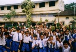 dzieciaki w szkole - szkola od siostr