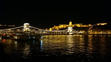 Most Łańcuchowy i Zamek królewski